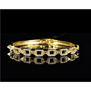 Bracelet métal couleur Doré Collection Chic sertie de Strass D55mm L18cm fermoir a clip 75524
