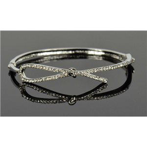Bracelet métal couleur Argenté Collection Chic sertie de Strass D55mm fermoir a clip 76669
