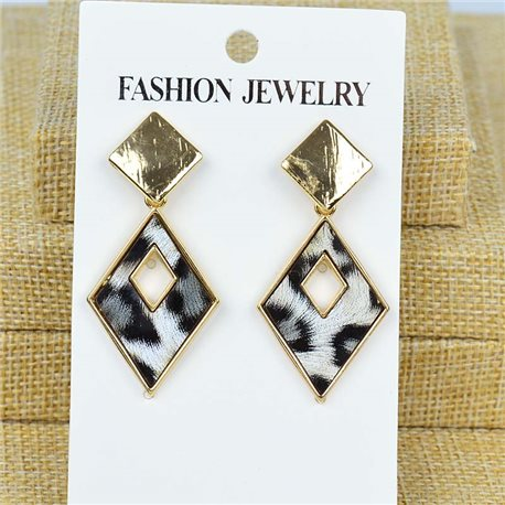 1p Earrings Nail 40mm metal color GOLD New Graphika 77411