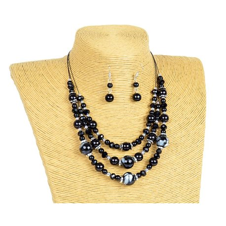 New Collection 2019-2020 Adornment Necklace 3 rows of Pearls in Suspension L44-48cm 77161