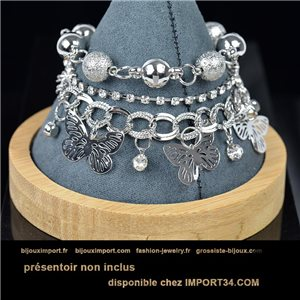 Pretty multirang charms bracelet set with high-gloss rhinestones in silver metal 79073