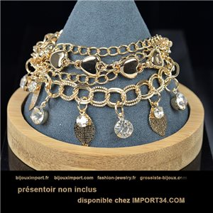Pretty multirang charms bracelet set with high-shine rhinestones in gold metal 79078